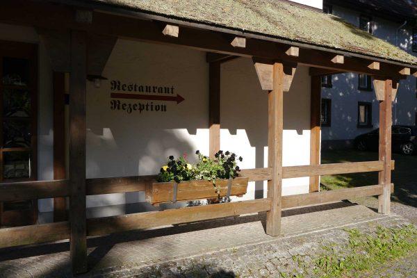 Zum Ochsen Restaurant Wegweiser